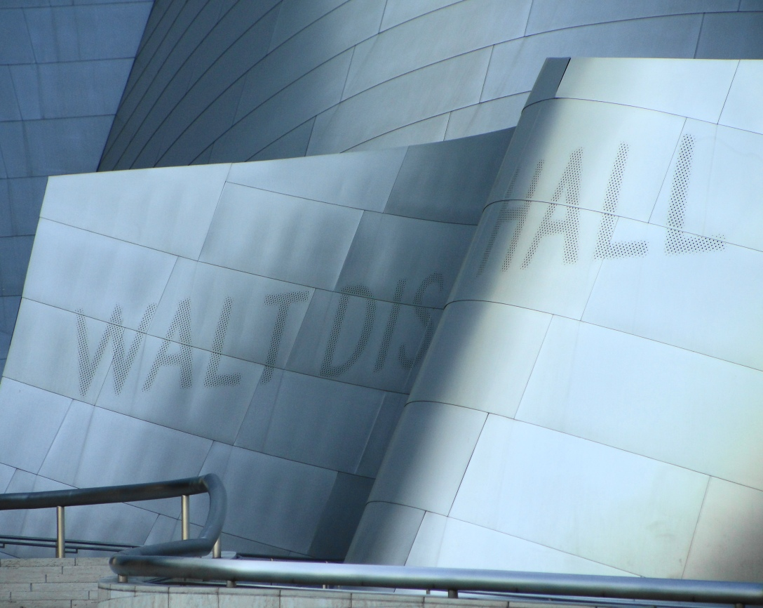 Walt_Disney_Concert_Hall_Logo